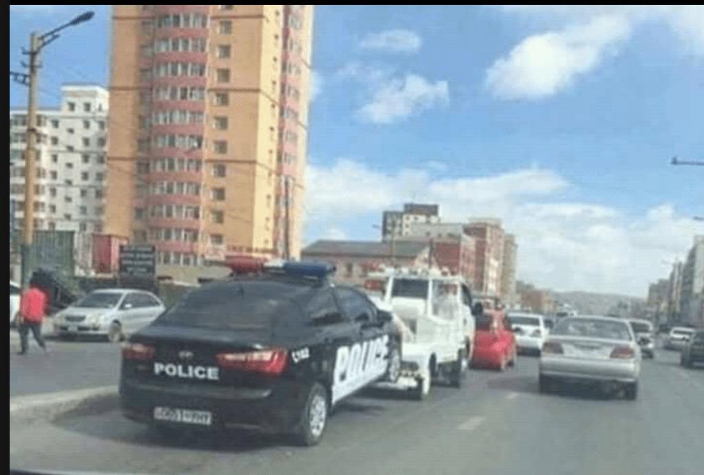 Manchmal muss auch die Polizei abgeschleppt werden